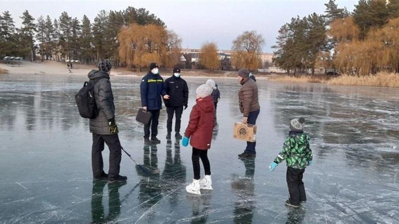 Обережно - тонкий лід! -
